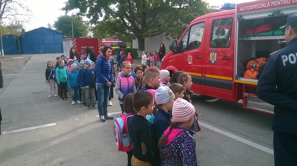 pompieri porti deschise (1)
